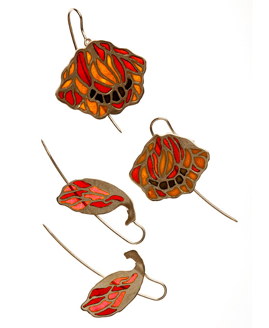 03_coq_earrings01